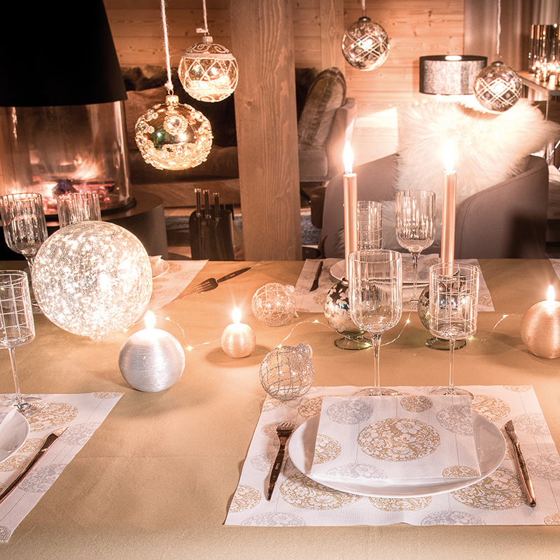 boule_or_table-ambiance_337079960